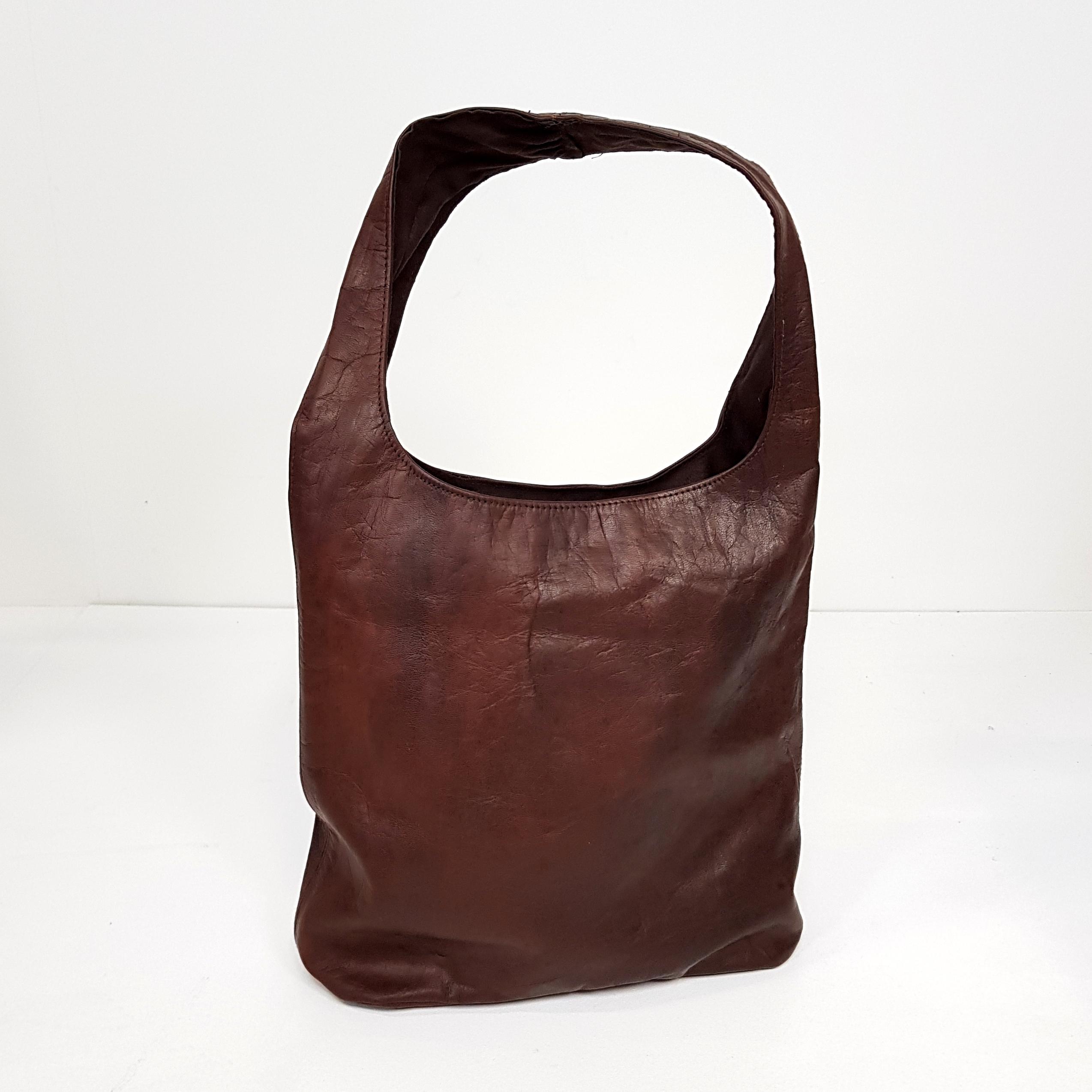 9660f8e72cb Forside / Tasker / Tasker / Lædertaske i brun