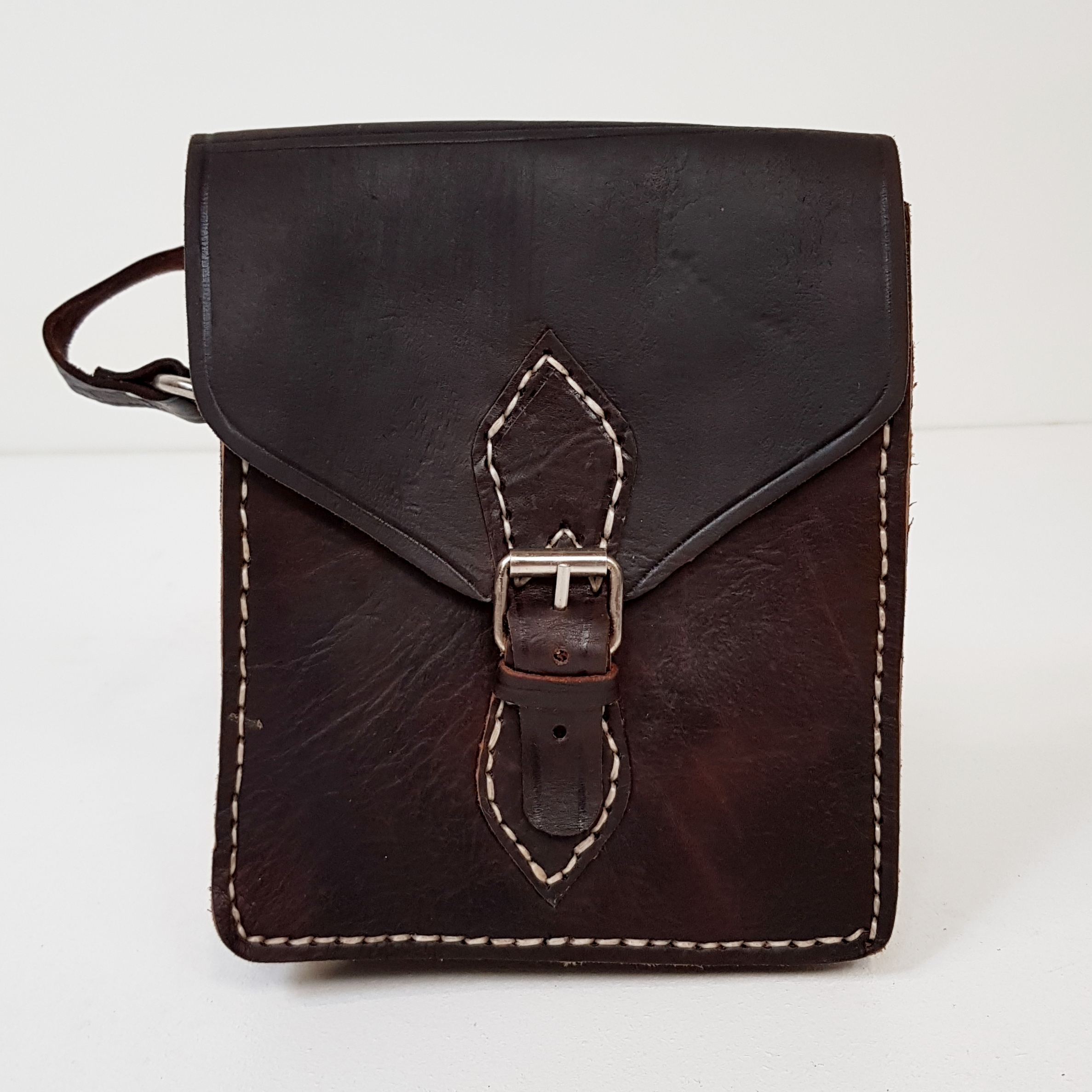 565e012b5dc Forside / Tasker / Tasker / Kernelæder taske mørke brun