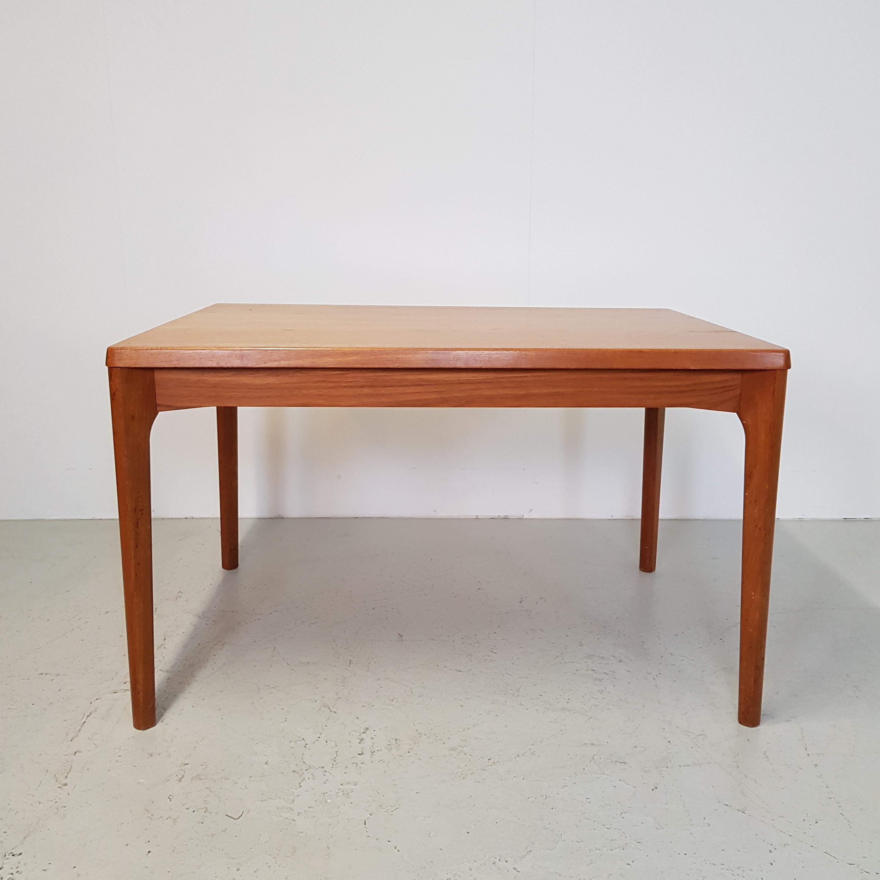 Strålende Spisebord i teak med hollandsk udtræk / Henning Kjærulf KP-93