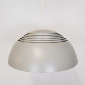 Arne Jacobsen   Royal Pendel