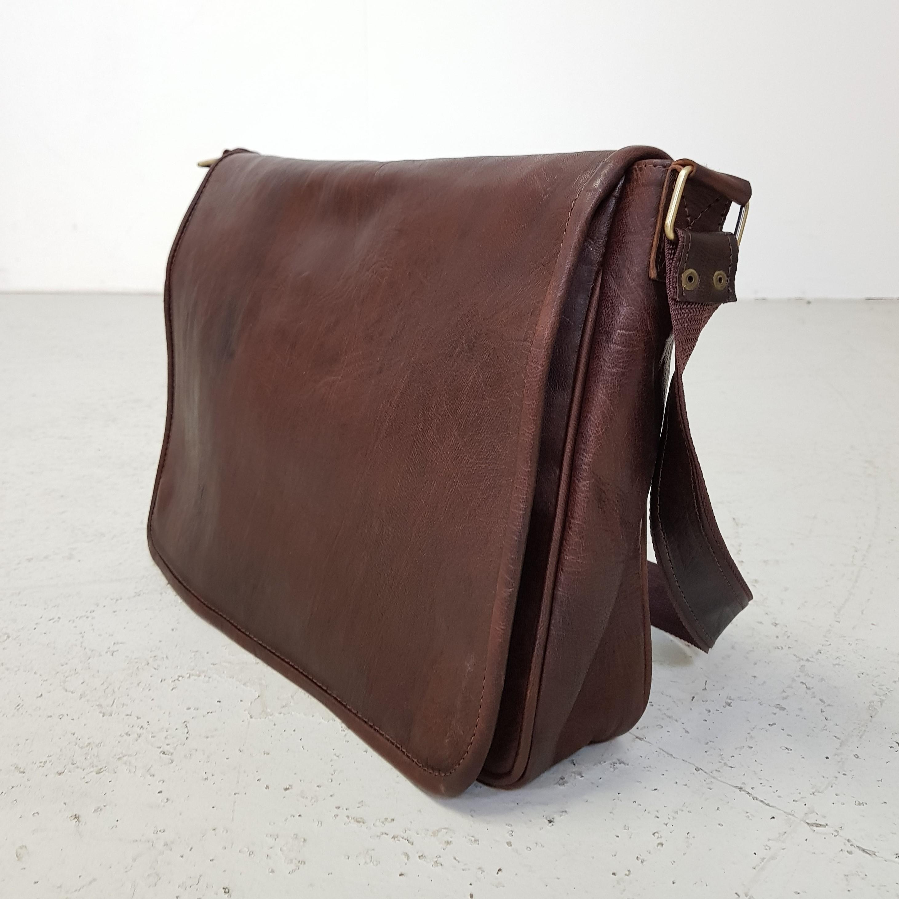 c552a1f227b ... Computer taske i mørke brun læder. 🔍. Forside ...