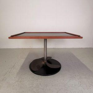 Sofabord med propel understel